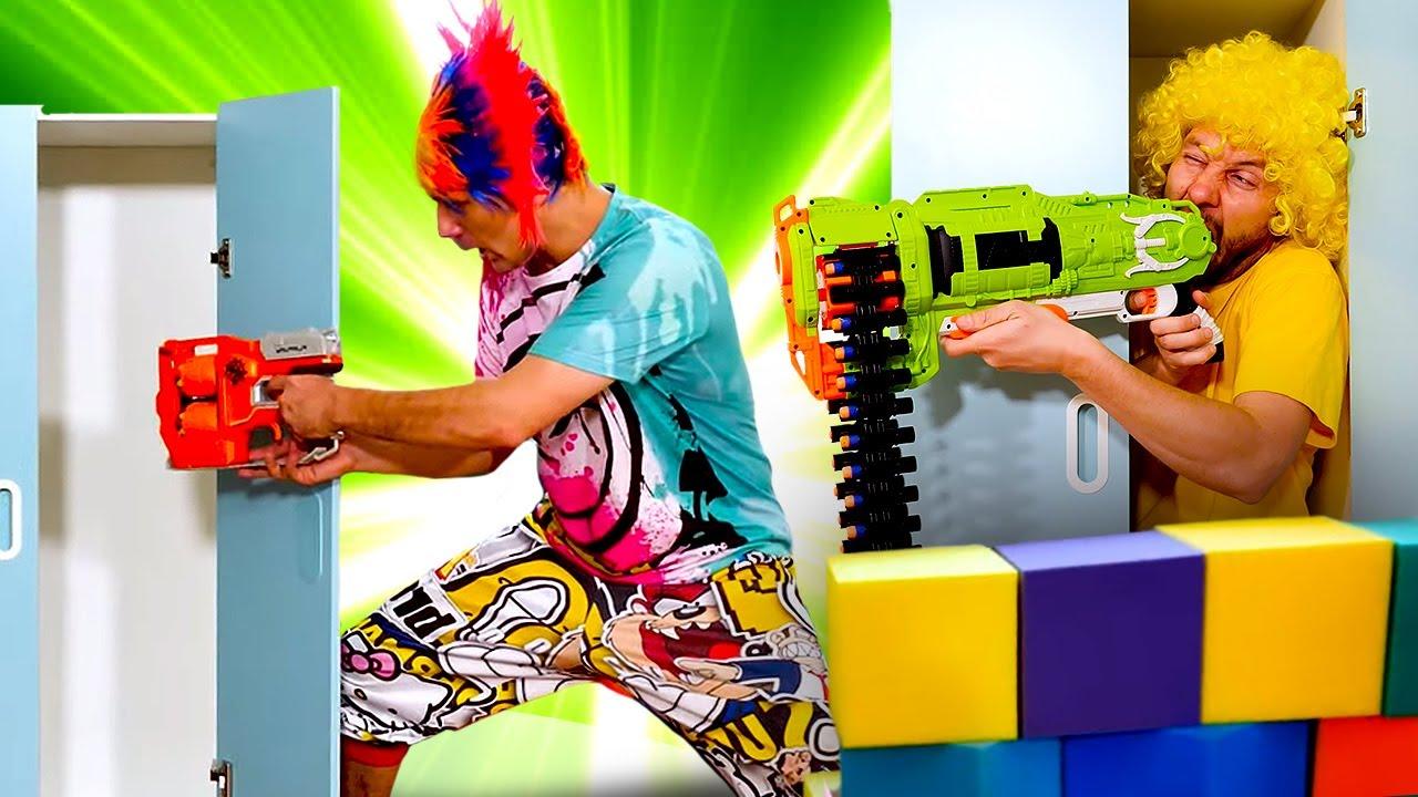 Видео приколы с бластерами Нерф - Игры прятки для Нерферов! - Онлайн шоу Hide and Seek.