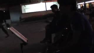 09年10月12日(月)第2回、博多・天神フォーク路上より♪ 井上 陽水「いっ...