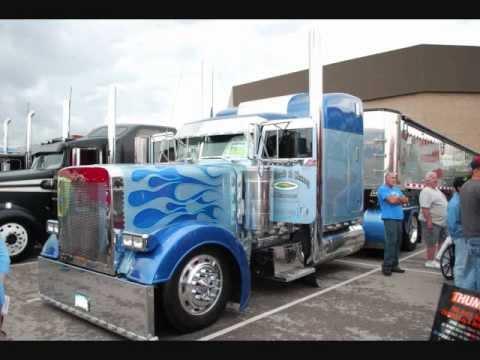 2012 Mid-America Trucking Show.wmv