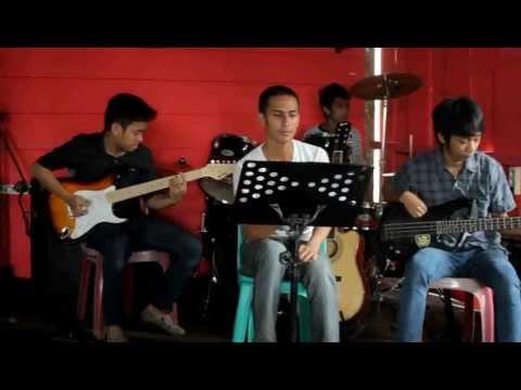 Partner Band - Lebih Indah ( Cover adera ).Mp4