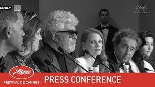 POST PALMARES - Press Conference - EV - Cannes 2017