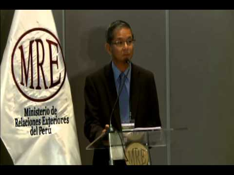 2013 Peru: Strengthening and Investing in Water Management - Keynote Speakers