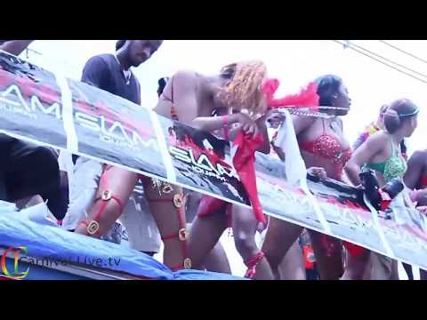 RIHANNA BARBADOS CROP CARNIVAL FESTIVAL WITH VIRUL TOUCH