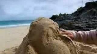 Magic Wanda - Making Sand Sculptures