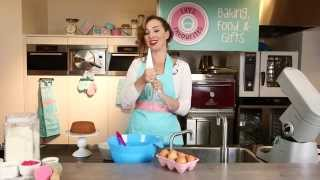 How To Make A Lushly Lemon Bundt Cake! | Lily's Favourites