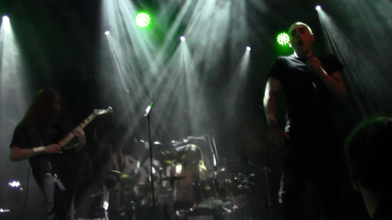 Guitar showcases : Footage from First Fragment performance in Netherlands surfaces