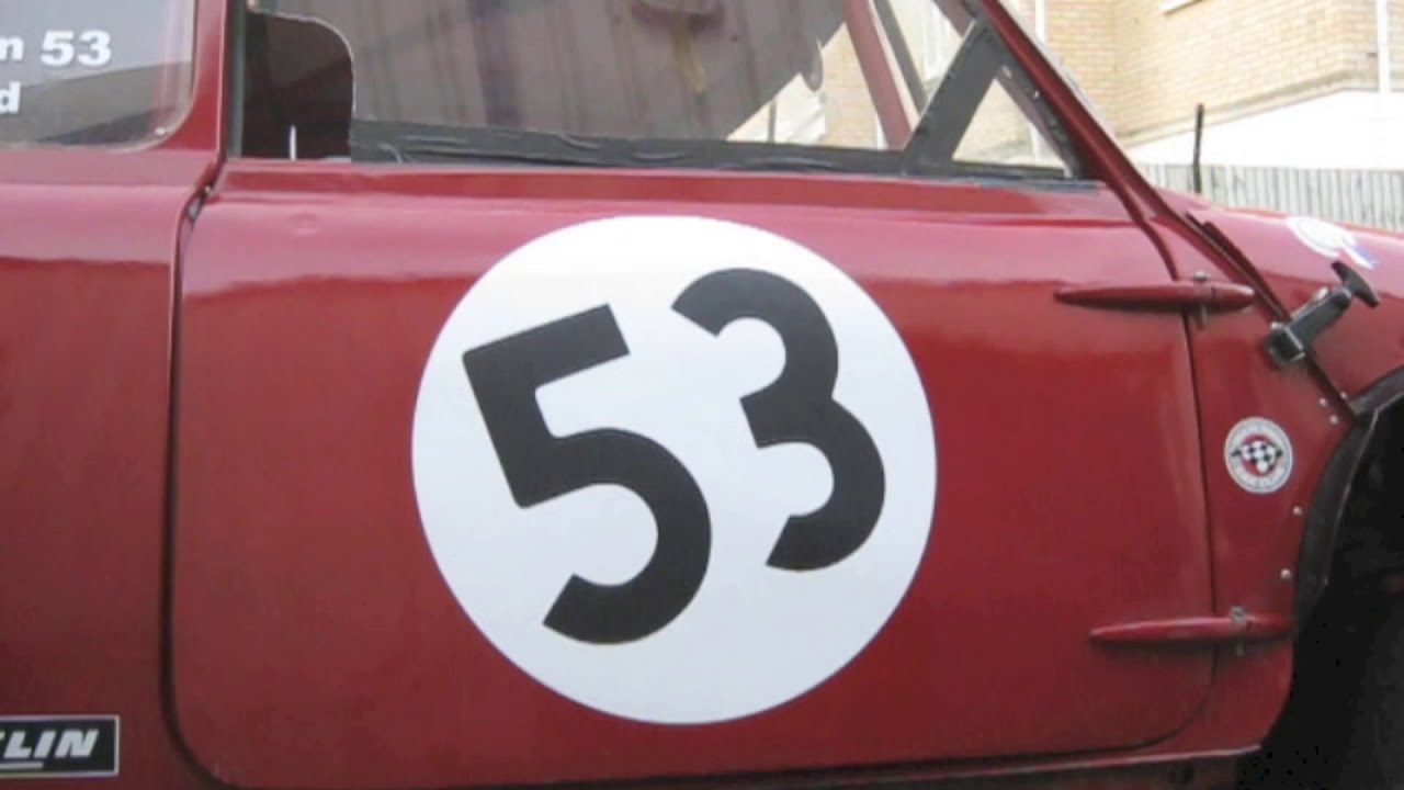 Replacing sills on the classic mini RX mini restoration part 1 - The strip  down