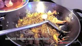 Pad Thai - How to make the PERFECT PAD THAI