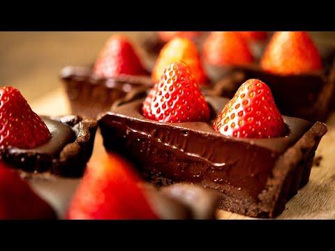 苺と生チョコのタルト Strawberry & Chocolate Ganache Tart Cake