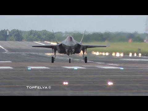 Vertical Landing F-35 RIAT 2016 airshow BEWARE OF THE LOUD SOUND