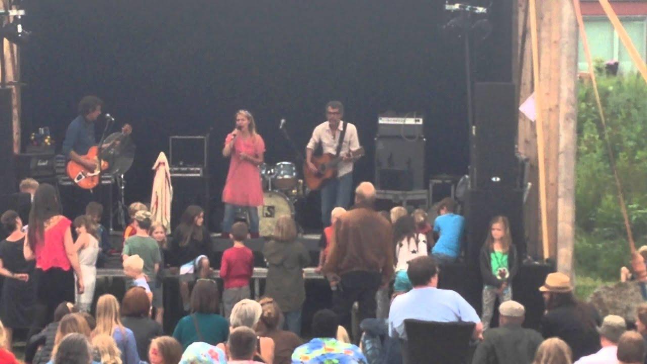 alberte-lyse-naetter-hjortshoj-festival-2014-hjortfest