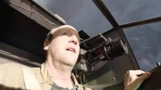 Into The Storm 2014 RUS Затянуло броневик на высоту.