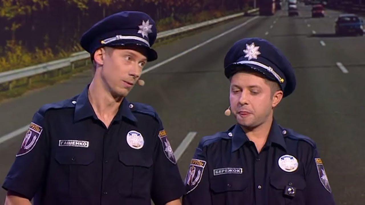 Пьяные украинские телки в форме милиции, интим фото крашеных брюнеток