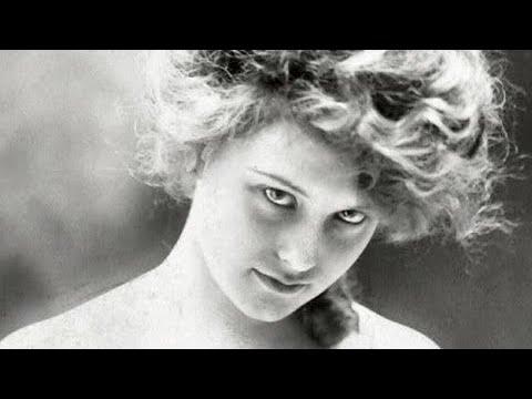 Broadway & Silent Film Actress Elsie Ferguson • Duck River Cemetery • Old Lyme, Connecticut