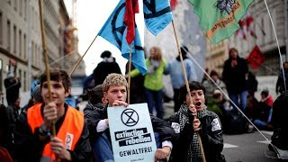Extinction Rebellion take over London as climate change protests escalate