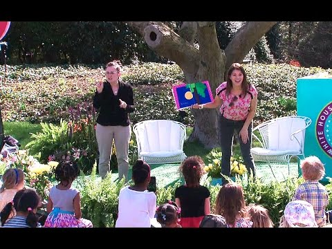 2015 White House Easter Egg Roll: Gail Simmons Reads,