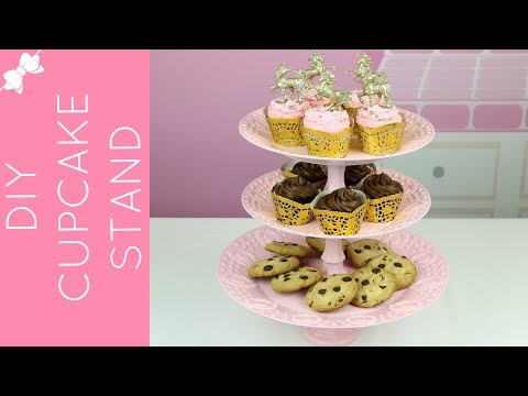 How To Make A DIY Dollar Store Cupcake Stand // Lindsay Ann Bakes