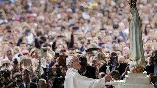 Fatima: Đức Thánh Cha và hàng trăm ngàn người cầu nguyện trước Đức Mẹ Fatima, 12.05.2017