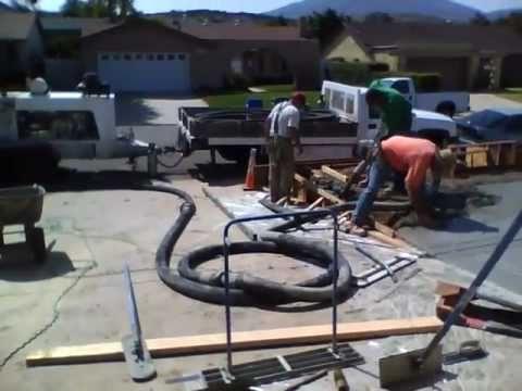 Charmant Front Yard Construction (Concrete) Time Lapse PART 1
