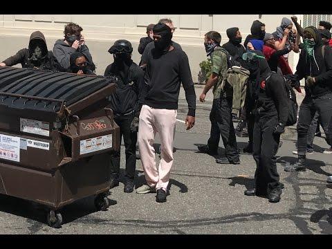 CHAOS & VIOLENCE IN BERKELEY: Antifa vs Trump Supporters - part1 (Full Periscope Stream)