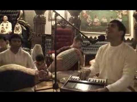 Govardhan Puja - Bhajan by Amala Kirtan Prabhu