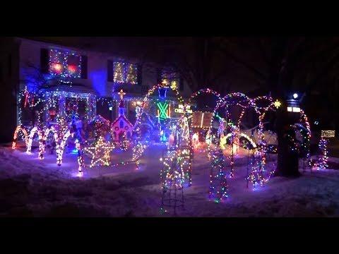 Lancaster Ny Christmas Lights 2020 AMAZING Christmas Lights & Decoration Displays in Buffalo, NY