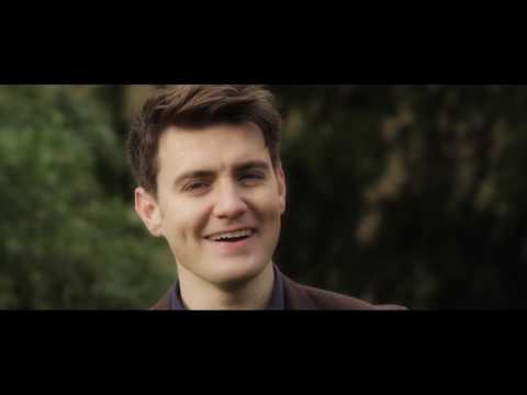 EMMET CAHILL'S IRELAND - 'WHEN IRISH EYES ARE SMILING'