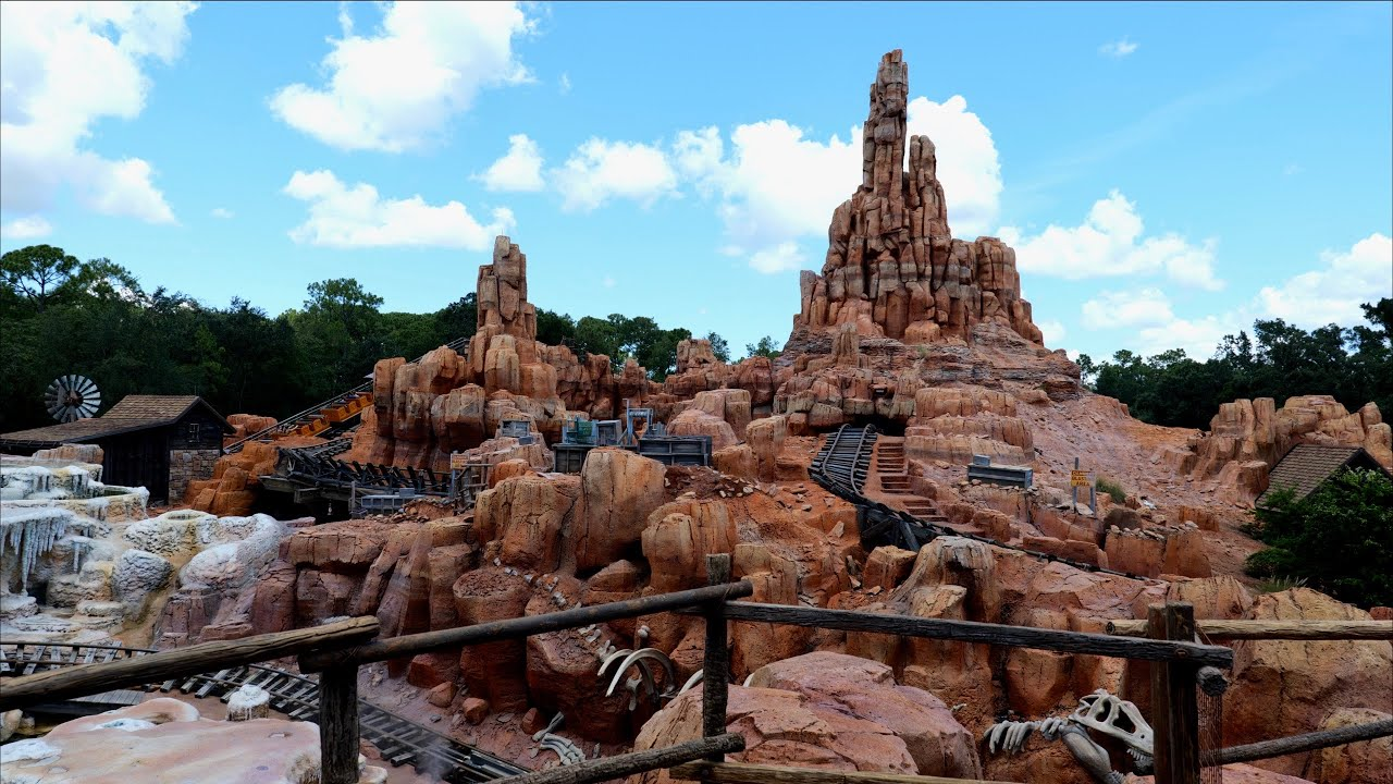 Big Thunder Mountain Magic Kingdom Complete Ride Experience in 5K | Walt Disney World Florida 2020