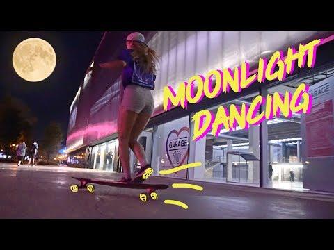 MOONLIGHT DANCING/ТАНЦЫ НА ЛОНГБОРДЕ