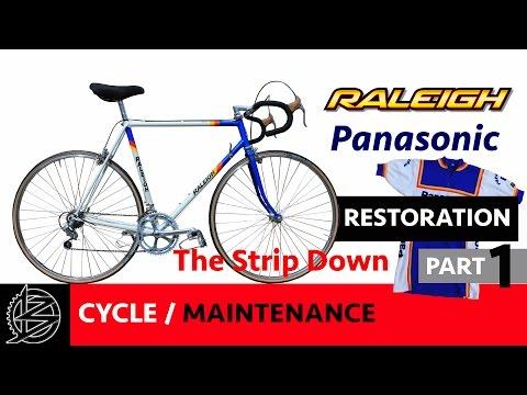 Bike Maintenance - Part 1 - The strip down. 30 Year Old Raleigh Bike Restoration
