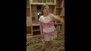 Стих Бабушке.Даша 5 лет.