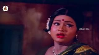 Repeat youtube video Sutti Velu Trying To Romance With Anuradha    Terror Telugu Movie Scenes