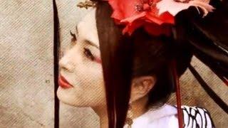 世界のコシノ•ジュンコ氏 × 世界の吉松育美のコラボクリップ Surprise S...