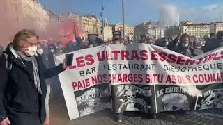 Marseille : manifestation des professionnels de la restauration, des bars et du monde de la nuit