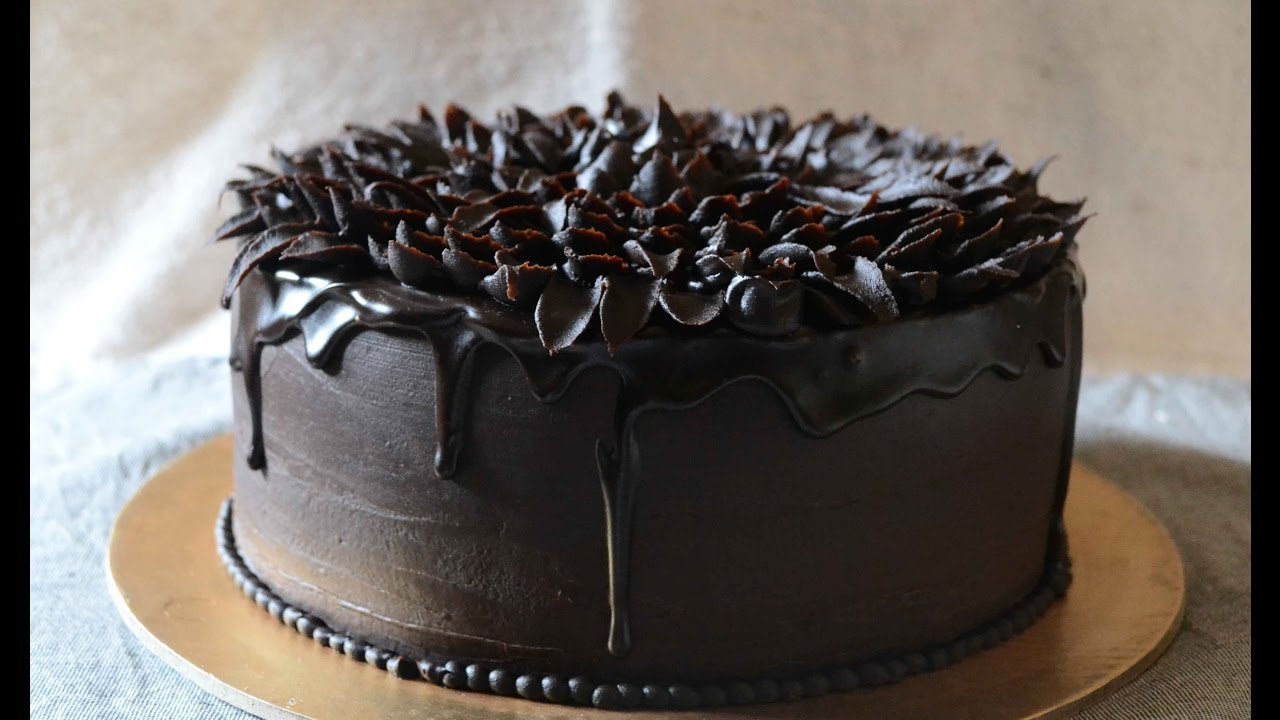 How To Make Chocolate Glaze And Pipe Easy Ganache Flower On