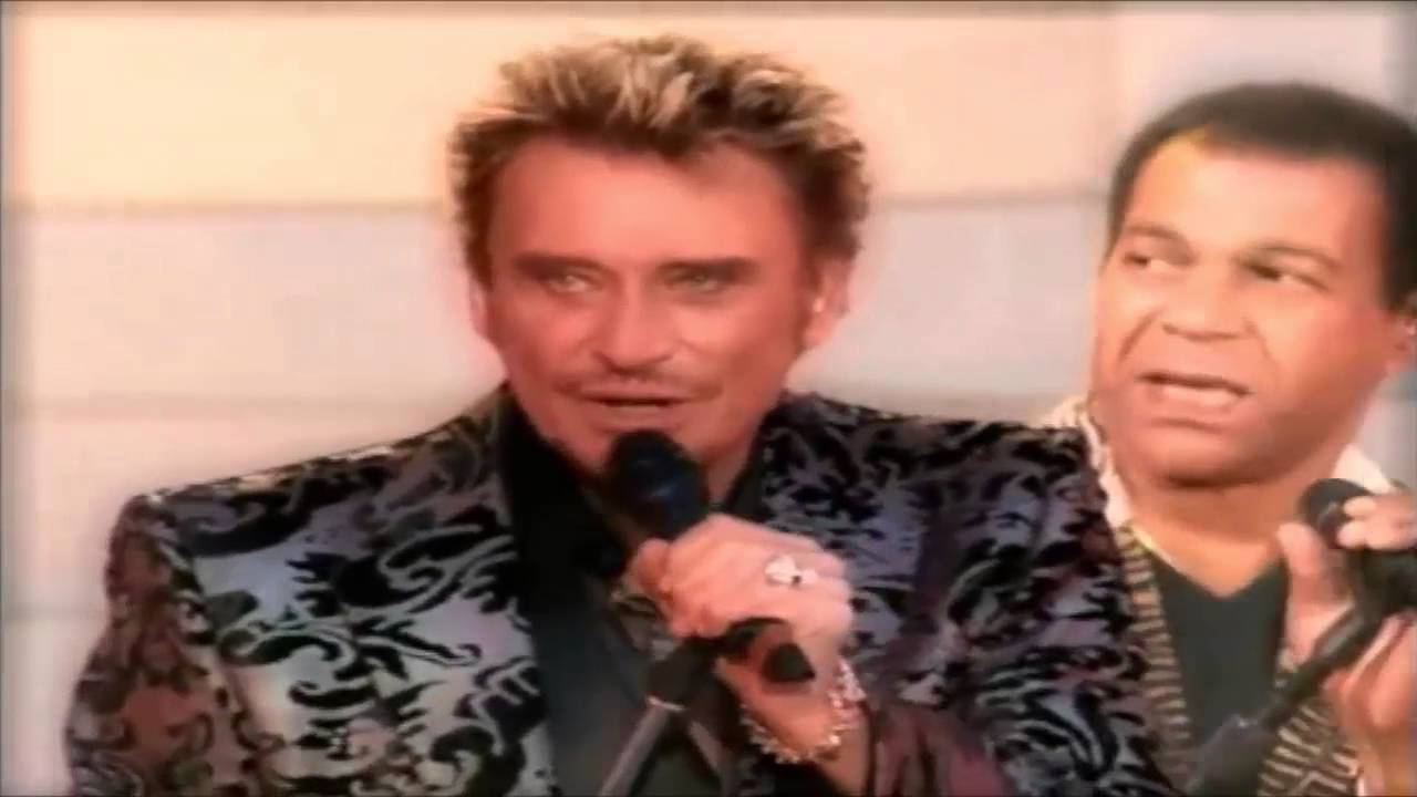 Johnny Live A La Tour Eiffel