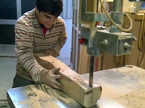 Fabricar pata isabelina en madera de olivo parte 1 youtube - Como hacer patas de madera para mesas ...