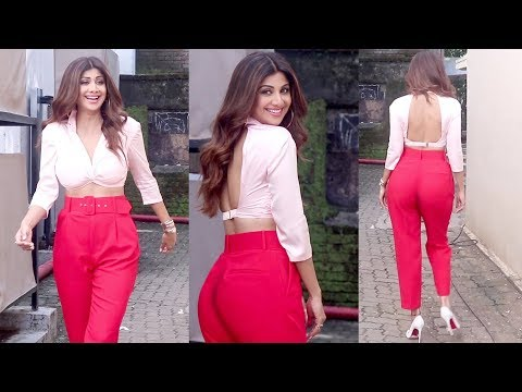 H0T shilpa shetty stunning poses With Magical dress || Bollywood tv thumbnail