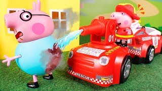 Peppa Pig Toys 🐷 Today Peppa is a fire man! 😄👩‍🚒💦