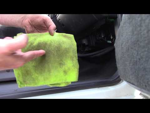 Amazing Trick To Cleaning Dirty Car Carpets!