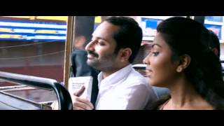 Oru Indian Pranayakadha---Comedy scene in the Bus