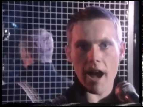 The English Beat Mirror In The Bathroom Original Music Video W Lyrics Youtube