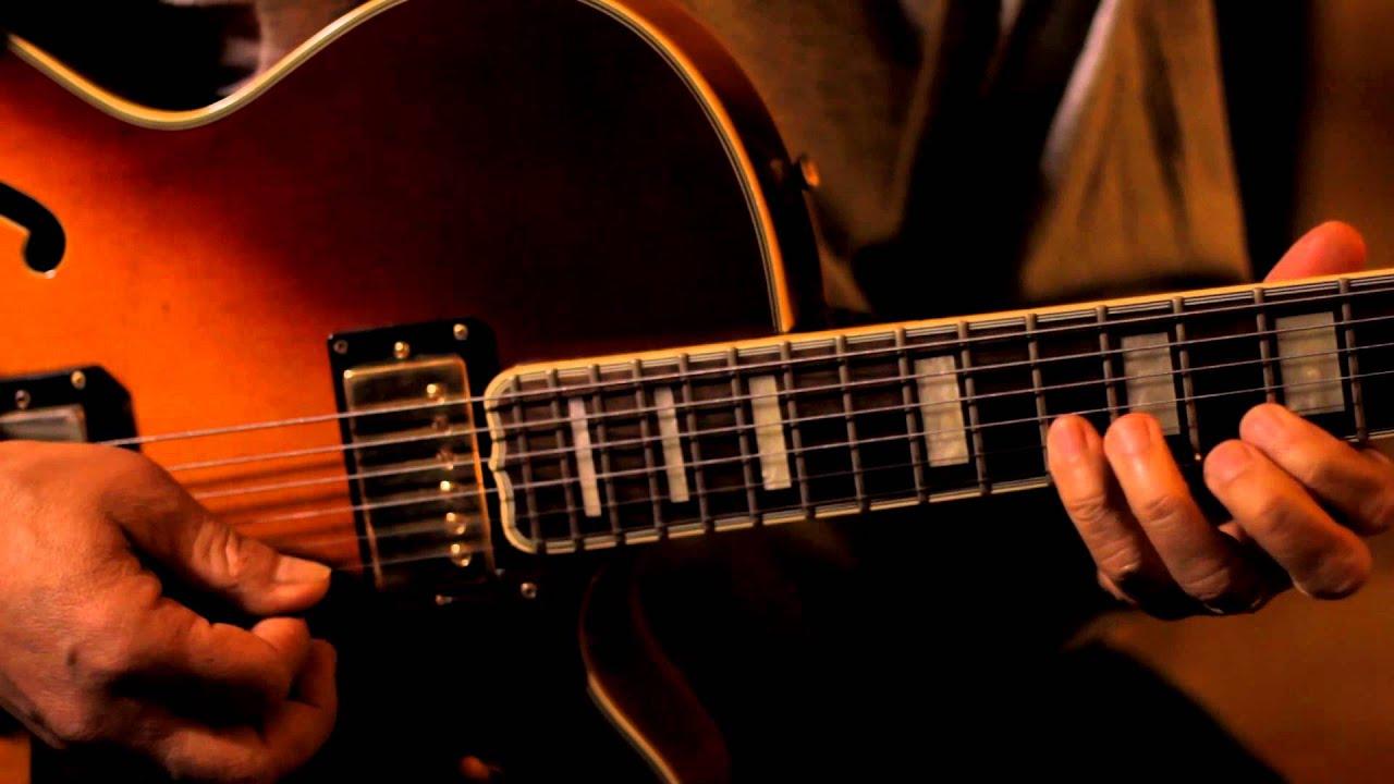 How To Play Jazz Guitar : autumn leaves jazz guitar instrumental youtube ~ Hamham.info Haus und Dekorationen