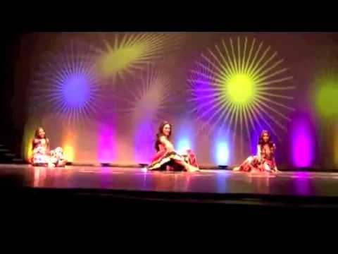 FOILV Diwali 2011 - Akhiyan Milaon, Chamma Chamma, Badi Mushkil - Bollywood Dance