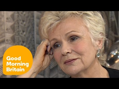 Julie Walters Opens Up About Losing Victoria Wood | Good Morning Britain