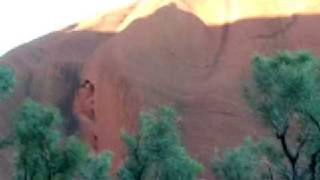 006 Uluru (13/05/2006)