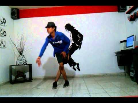 Oscar Saucedo Bailando Michael Jackson