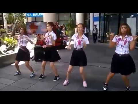 Oh Oh Oh Khmer Remix Dancing With Funny