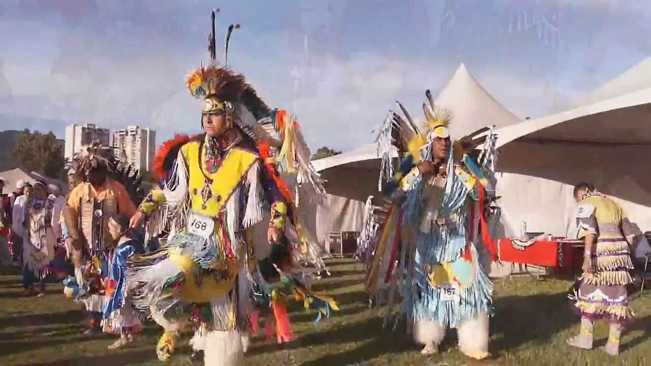 Squamish Nation Pow Wow 2011 Full Regalia First Nations Native Dance In Vancouver Youtube