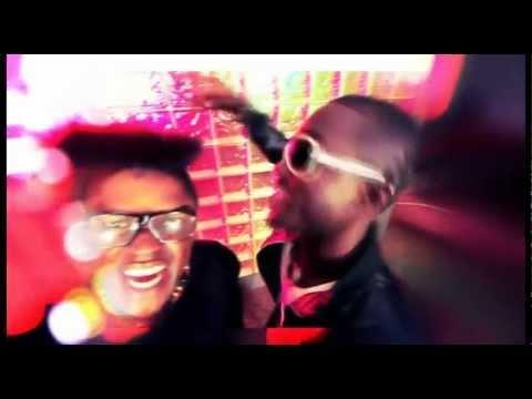 CLIP MR. KURONES Feat.BEBI PHILIPP - Toujours Dedans